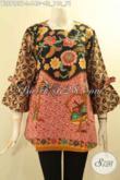 Jual Online Baju Batik Modern Teraru, Busana Batik Modis Khas Jawa Tengah Tanpa Kerah Lengan 3/4 Berpita, Blouse Batik Wanita Untuk Tampil Cantik Menawan [BLS9127P-L]