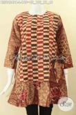 Produk Baju Batik Tren Kekinian Hadir Dengan Kombinasi 2 Motif, Baju Batik Solo Asli Lengan 7/8 Dengan Resleting Belakang Dan Tali Di Bagian Kanan Kiri [BLS9424PB-L]