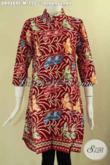 Dress Batik Warna Merah Motif Motif Modern Model Kerah Shanghai Lengan 7/8 Bahan Adem Kwalitas Bagus Di Lengkapi Dengan Kancing Depan, Penampilan Lebih Berkelas [DR9489C-M]