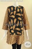 Batik Blouse Wanita Kerja 2 Motif Lengan 7/8, Pakaian Batik Modis Tanpa Krah Dengan Resleting Belakang Dan Pakai Tali Di Bagian Pinggang Kanan Kiri [BLS9680PB-XL]