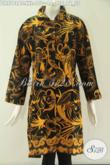 Jual Online Offline Dress Batik Masa Kini Yang Membuat Wanita Gemuk Terlihat Cantik Dan Modis, Hadir Dengan Motif Elegan Berpadu Model Kerah Lengan 7/8 Dan Kancing Depan Sampai Bawah [DR9748BT-XXL]