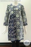 Jual Busana Batik Wanita Motif Modern Model Tanpa Kerah Lengan 7/8, Blouse Batik Solo Asli Kwalitas Istimewa Di Lengkapi Resleting Jepang Di Bagian Belakang Hanya 100 Ribuan Saja [BLS9808C-L]