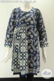 Koleksi Baju Batik Solo Lengan 7/8 Spesial Buat Wanita Muda Dan Dewasa, Blouse Batik Tanpa Kerah Motif Terbaru Nan Trendy Berbahan Halus Dan Di Lengkapi Resleting Jepang Di Belakang [BLS9809C-L]