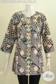 Baju Blus Istimewa Ukuran XXL, Pakaian Batik Solo Untuk Tampil Gaya, Bahan Adem Model Tanpa Kerah kwalitas Istimewa Proses Cap [BLS5561C-XXL]