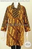 Baju Blus Istimewa, Pakaian Batik Warna Soga Elegan Kombinasi 2 Motif Dengan Kerah Lancip Proses Cap Harga 170K [BLS6576C-M]