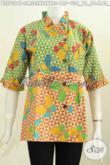Batik Blus Unik Nan Trendy, Pakaian Batik Wanita Muda Dan Desa Model Kerah Miring Rempel, Penampilan Makin Modis Dan Beda [BLS7094P-M , XL]