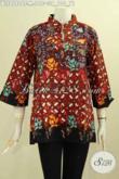 Model Baju Batik Modis Keren Dan Elegan Buatan Solo, Blus Batik Krah Shanghai Motif Kekinian Proses Cap Tulis, Di Jual Online 190K, Cocok Untuk Seragam Kerja [BLS8080CT-M]