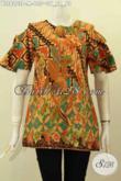 Model Baju Batik Blus Wanita Dengan Lobang Di Lengan Serta Pakai Kancing Belakang, Bahan Adem Motif Keren Proses Printing Hanya 135K [BLS8203P-M]