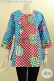 Model Pakaian Batik Wanita Buatan Solo Asli, Hadir Dengan Lengan 7/8 Serta Kancing Depan, Baju Batik Modis Motif Keren Bikin Penampilan Makin Menawan [BLS8513P-L]