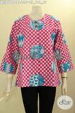 Baju Batik Wanita Dewasa Desain Kekinian, Blouse Kemeja Batik Tanpa Krah Motif Unik Proses Printing Di Lengkapi Kancing Depan, Bikin Penampilan Cantik Menawan Hanya 100 Ribuan [BLS8600P-XL]