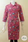Batik Dress Printing Motif Keren Terbaru Hadir Dengan Desain Cantik Berpadu Warna Merah Jambu Membuat Wanita Semakin Feminim [DR2942P-M]