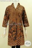 Dress Batik Jawa Tengah Motif Klasik, Busana Batik Solo Terbaru Kwalitas Istimewa Bahan Adem Model Krah Langsung, Pas Untuk Acara Resmi [DR7982P-M]