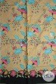 Trend Kain Batik 2015 Dengan Motif Tanaman Bunga Hadir Dengan Kwalitas Halus Dan Harga Yang Sangat Terjangkau, Pas Buat Baju Kerja Dan Santai [K1803P-200x105cm]