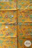 Batik Kain Dasar Kuning Motif Bunga, Batik Printing Asli Solo Bahan Dress Dan Blus Wanita Untuk Tampil Lebih Anggun [K2768P-200x110cm]