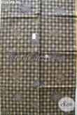 Toko Batik Online Paling Up To Date, Sedia Kain Batik Lawasan Halus Dan Mewah, Batik Klasik Khas Solo Cocok Untuk Jarik Dan Busana Formal Harga 90K [K3363PB-240x110cm]