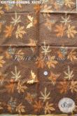 Agen Kain Batik Sedia Batik Solo Halus Murah Bahan Jarik Motif Godong Kates Proses Kombinasi Tulis, Cocok Untuk Pernikahan [KJ079AM-240x105cm]