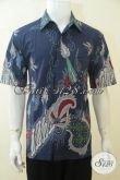 Kemeja Batik Biru Modis Membuat Lelaki Terlihat Gagah, Jual Online Baju Batik Lengan Pendek Keren Motif Modern Proses Tulis [LD4184T-L]