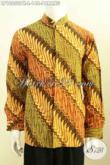 Sedia Kemeja Batik Muslim Untuk Pria, Pakaian Batik Koko Krah Shanghai Lengan Panjang Motif Parang Klasik Hanya 148K [LP10050PK-L]
