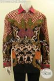 Koleksi Pakaian Batik Solo Untuk Pria Gemuk Terkini, Hadir Dengan Motif Elegan Nan Mewah Bahan Halus Model Lengan Panjang Full Furing, Bikin Penampilan Gagah Berwibawa [LP11333PMF-XXXL]