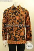 Model Busana Batik Pria Muda Lengan Panjang Elegan Dan Mewah, Produk Baju Batik Masa Kini Khas Jawa Tengah Di Lengkapi Lapisan Furing, Tampil Berkelas Bak Pejabat [LP11360TF-M]