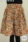 Rok Klok Batik Mini Yang Fashionable Full Furing, Bawahan Batik Model Karet Pinggang Untuk Wanita Muda Tampil Cantik Berbahan Halus Proses Kombinasi Tulis Motif Bunga [R4636BTF-All Size]